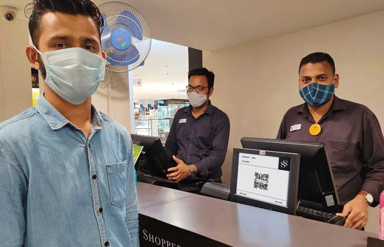 Shoppers-Stop-Innoviti-Dual-Display-UPI