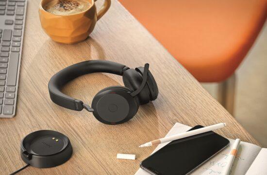 Jabra Evolve2 75 Contextual Home Office Desk Large-min